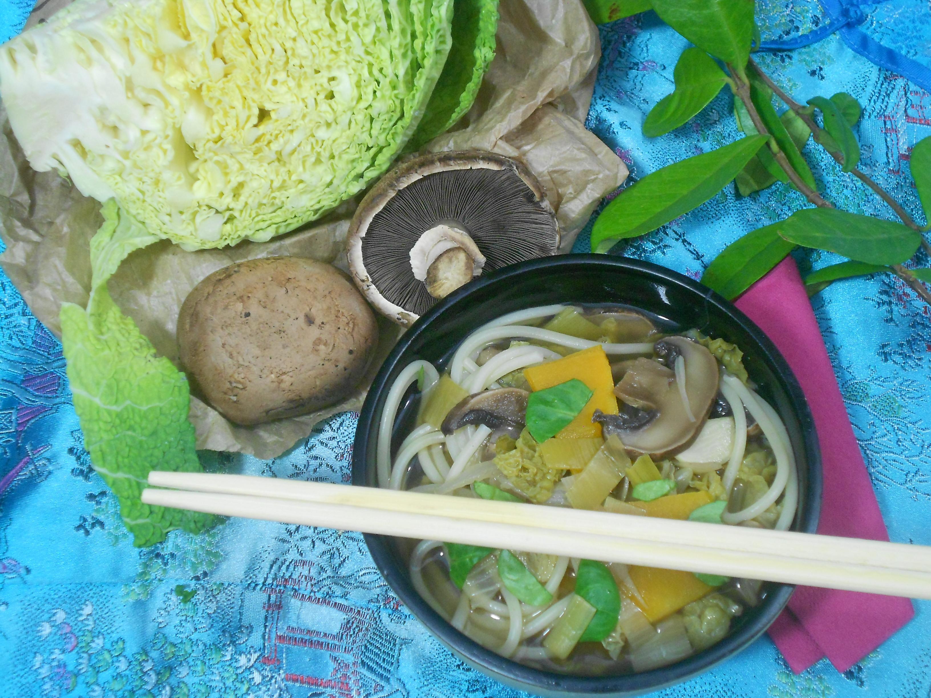 un bouillon de légumes japonnais régine okinawa