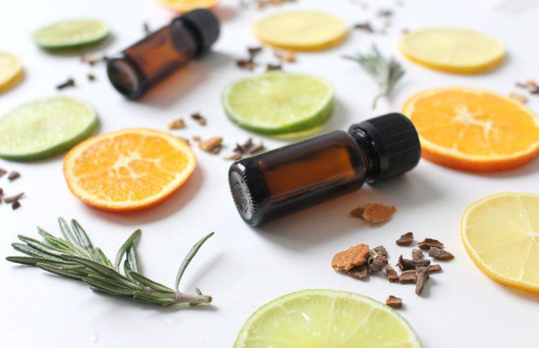 Les huiles essentielles conseillées par les naturopathes
